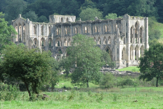 rievaulx-abbey-1