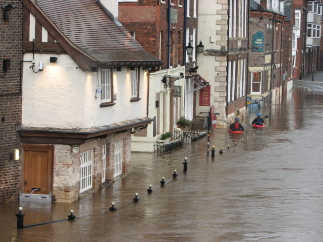 King's Arms closed even to canoeists 2007E